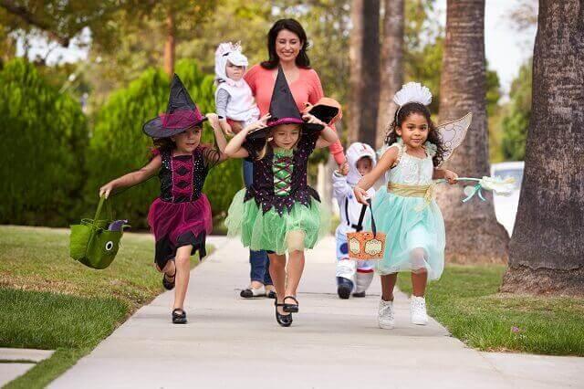 A halloween activity by children.